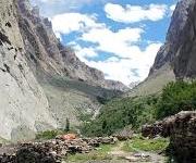 Trek to Nangma Valley