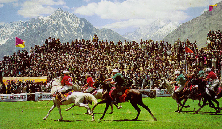 JEEP SAFARI SHANDUR POLO FESTIVAL