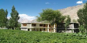 Gulmit Continental Hotel Upper Hunza Pakistan