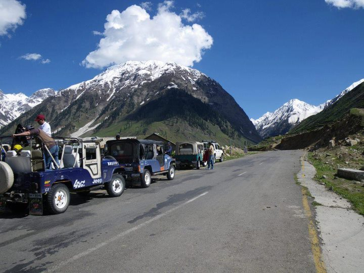 GILGIT-BALTISTAN JEEP SAFARI